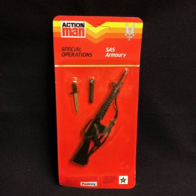 VINTAGE ACTION MAN -  SPECIAL OPERATIONS SAS ARMOURY M16 Card